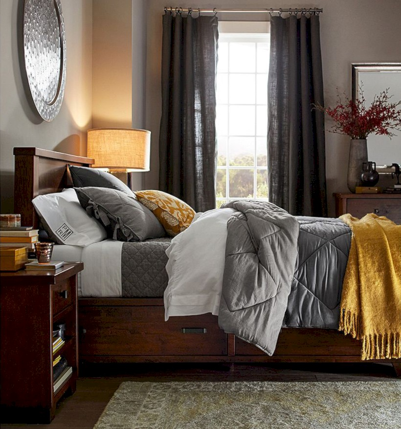 Comfy grey yellow bedrooms decorating ideas (37)