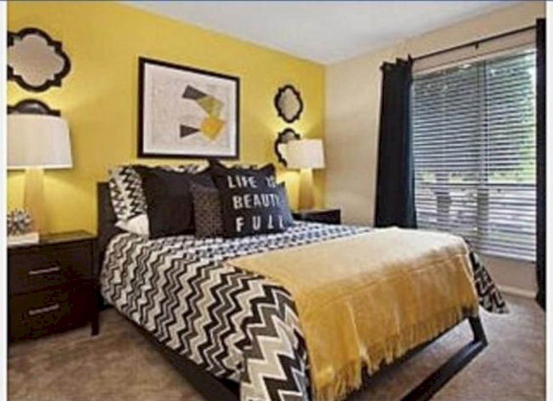 Comfy grey yellow bedrooms decorating ideas (7)