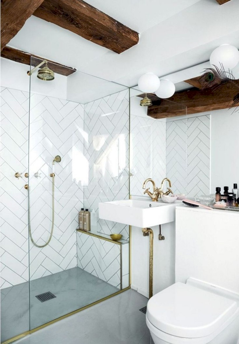Cozy Small Scandinavian Bathroom Design Ideas (41)