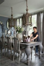 Fancy french country dining room table decor ideas 38