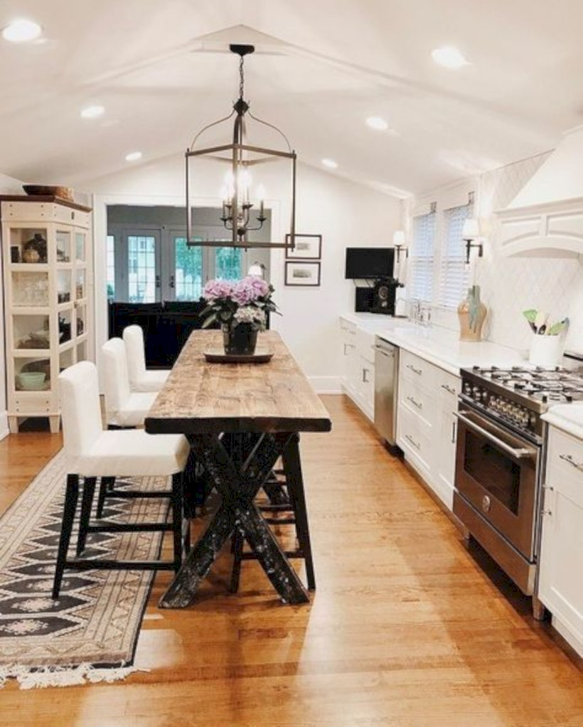 Fascinating kitchen islands ideas with seating and dining areas (4)