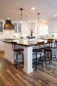Fascinating kitchen islands ideas with seating and dining areas (41)