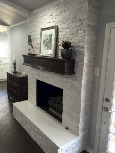 Gorgeous apartment fireplace decor ideas (34)
