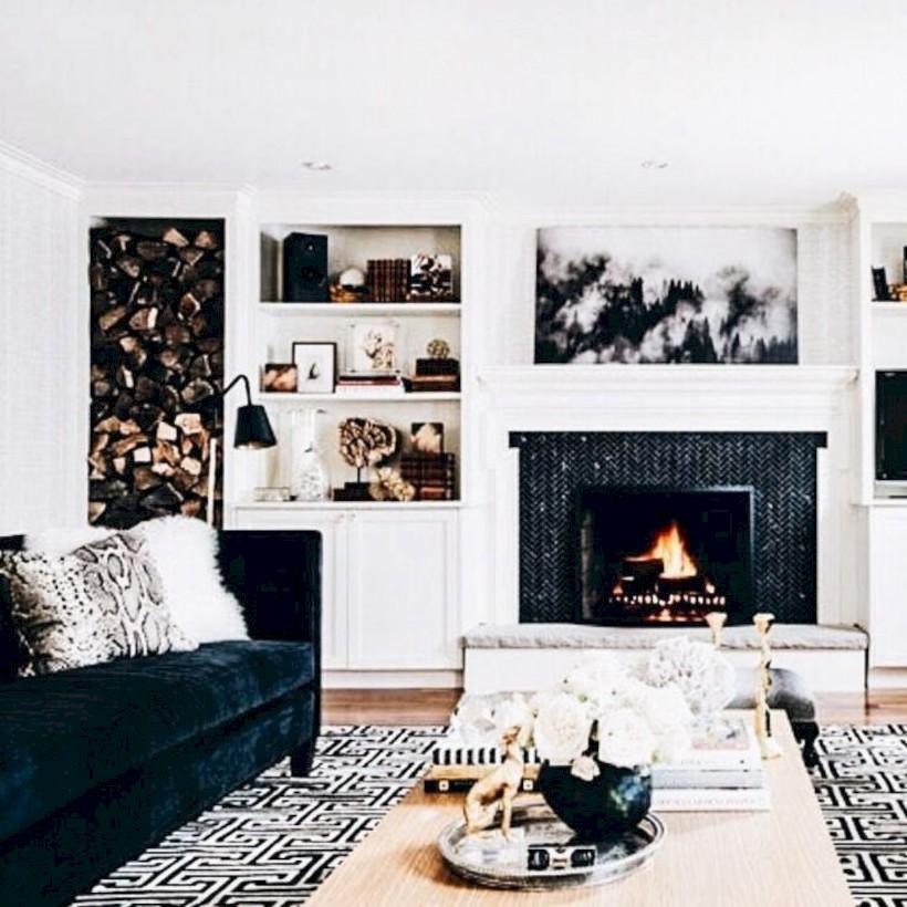 Gorgeous apartment fireplace decor ideas (35)