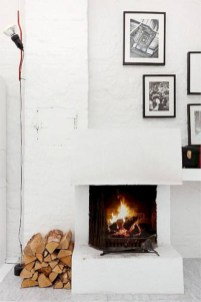 Gorgeous apartment fireplace decor ideas (5)