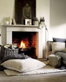 Gorgeous apartment fireplace decor ideas (7)