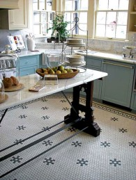 Gorgeous kitchen floor tiles design ideas (18)