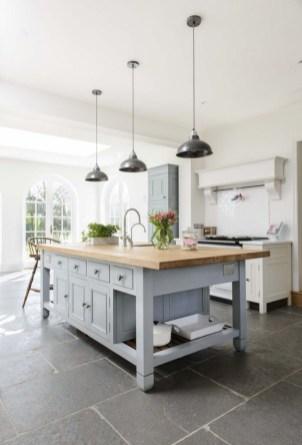 Gorgeous kitchen floor tiles design ideas (21)