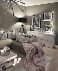 Inspiring grey studio apartment decor ideas on a budget (16)