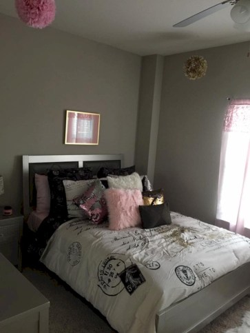 Inspiring grey studio apartment decor ideas on a budget (23)