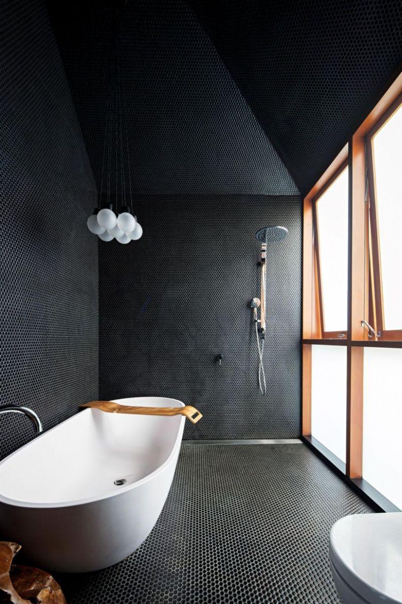Luxury black and white bathroom design ideas 13