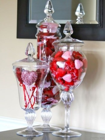 Romantic diy valentine decorations ideas 26