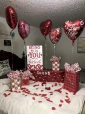 Romantic diy valentine decorations ideas 31
