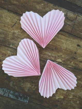 Romantic diy valentine decorations ideas 36