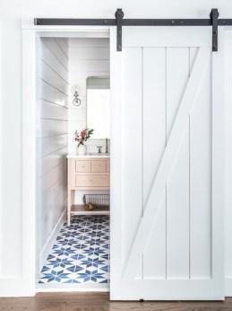 Totally brilliant tiny house bathroom design ideas (18)