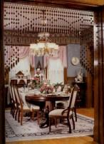 Vintage victorian dining room decor ideas (36)