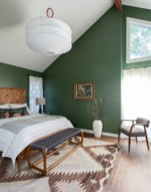 Wonderful green bedroom design decor ideas (39)