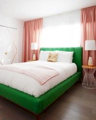 Wonderful green bedroom design decor ideas (4)
