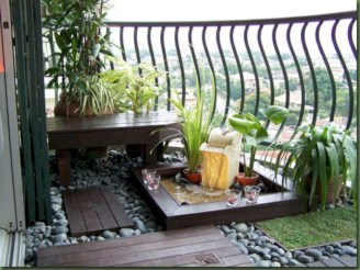 Cozy small balcony design decoration ideas 04