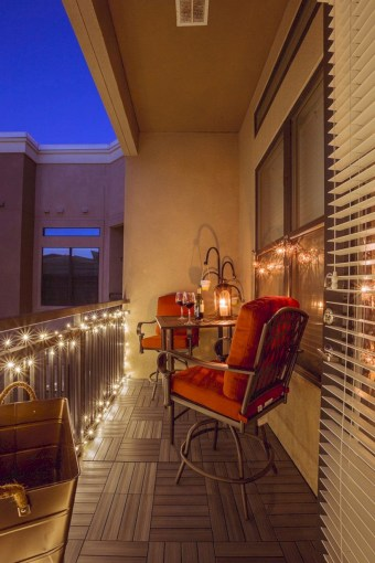 Cozy small balcony design decoration ideas 18