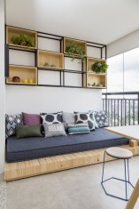Cozy small balcony design decoration ideas 28