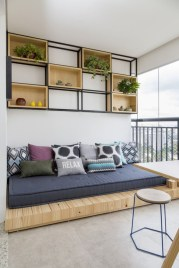 Cozy small balcony design decoration ideas 28