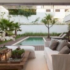 Cozy small balcony design decoration ideas 31