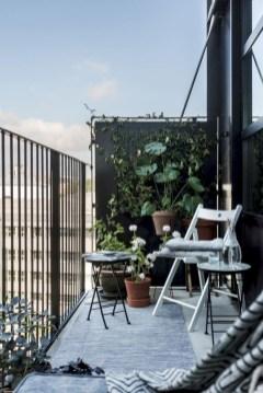 Cozy small balcony design decoration ideas 36