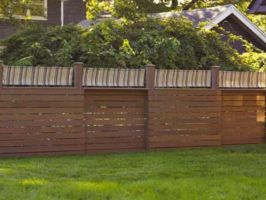 Easy and cheap backyard privacy fence design ideas 10