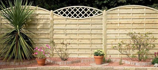 44 Easy And Cheap Backyard Privacy Fence Design Ideas - Round Decor
