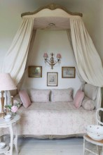 Romantic shabby chic bedroom decorating ideas 34