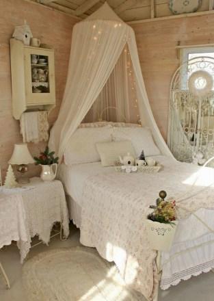 Romantic shabby chic bedroom decorating ideas 38