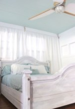 Romantic shabby chic bedroom decorating ideas 40