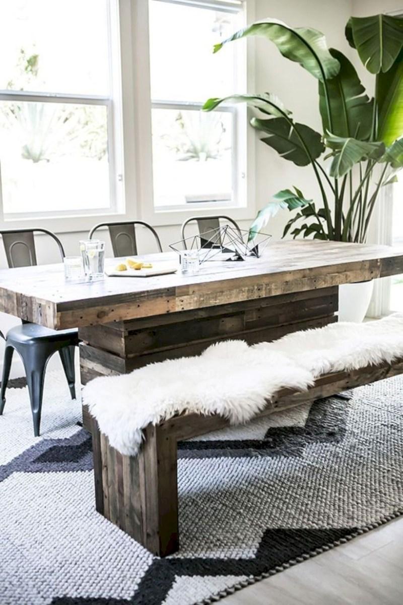Rustic farmhouse dining room table decor ideas 23