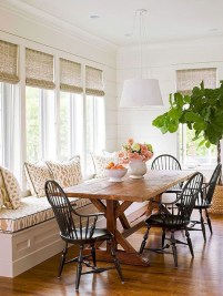 Rustic farmhouse dining room table decor ideas 40