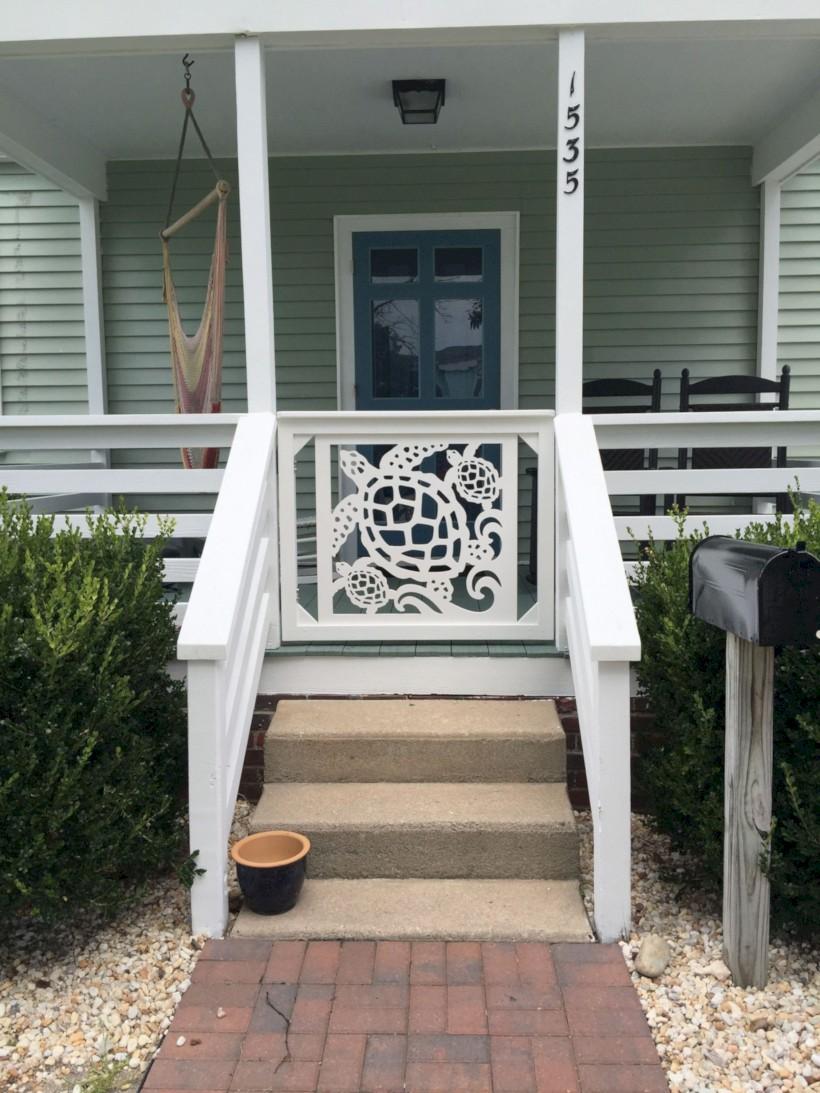 Rustic farmhouse porch steps decor ideas 05