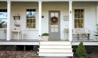 45 Rustic Farmhouse Porch Steps Decor Ideas - Round Decor