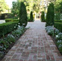 Stunning front yard entrance path walkway landscaping ideas 13