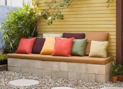 Adorable easy cinder block ideas for garden (19)