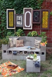 Adorable easy cinder block ideas for garden (7)