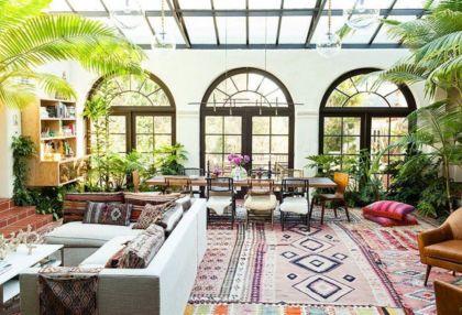 Amazing bohemian style living room decor ideas (19)