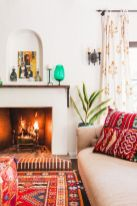 Amazing bohemian style living room decor ideas (33)
