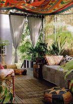 Amazing bohemian style living room decor ideas (46)