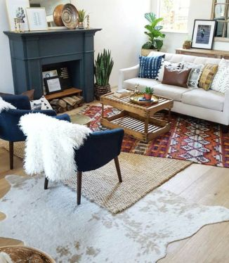 Amazing bohemian style living room decor ideas (47)