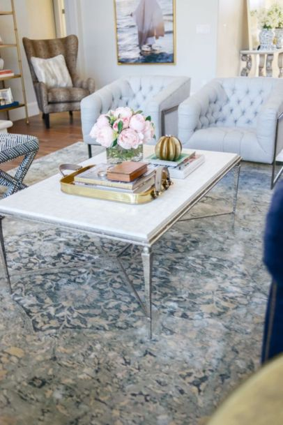 Beautiful marble coffee table design ideas for living room (4)