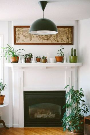 Beautiful spring mantel decorating ideas on a budget (27)