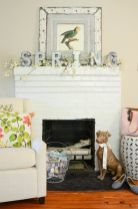 Beautiful spring mantel decorating ideas on a budget (7)