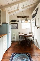Cool coastal kitchen design ideas (15)