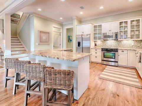 Cool coastal kitchen design ideas (24)