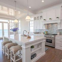 Cool coastal kitchen design ideas (26)